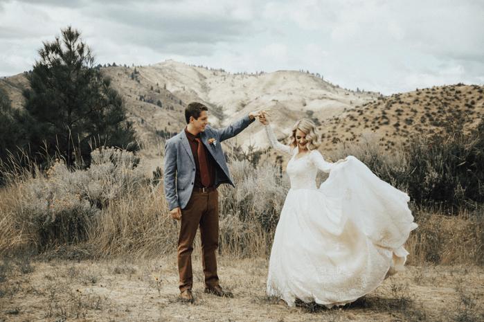 Внучка на свою свадьбу надела бабушкино платье
