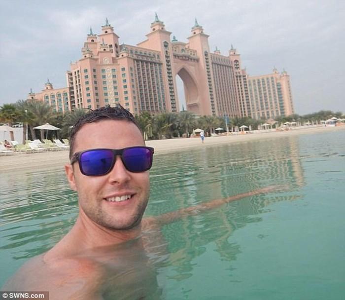 В Дубае на 2 месяца посадили шотландца за случайное прикосновение к мужчине