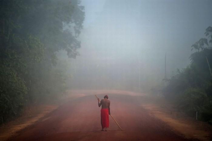 Амазонское племя обещает сражаться насмерть с безжалостной горнодобывающей компанией