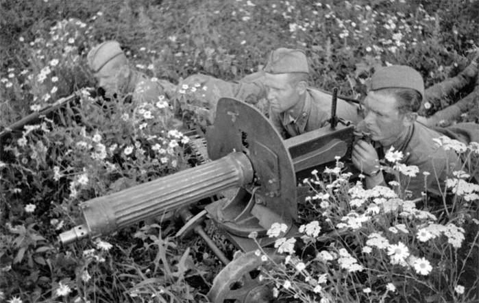 Как пулеметчик Александр Заходский уничтожил в бою более 100 гитлеровцев