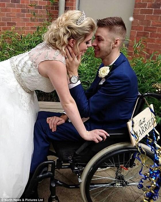 Британец думал, что умирает и женился, но диагноз оказался неверным