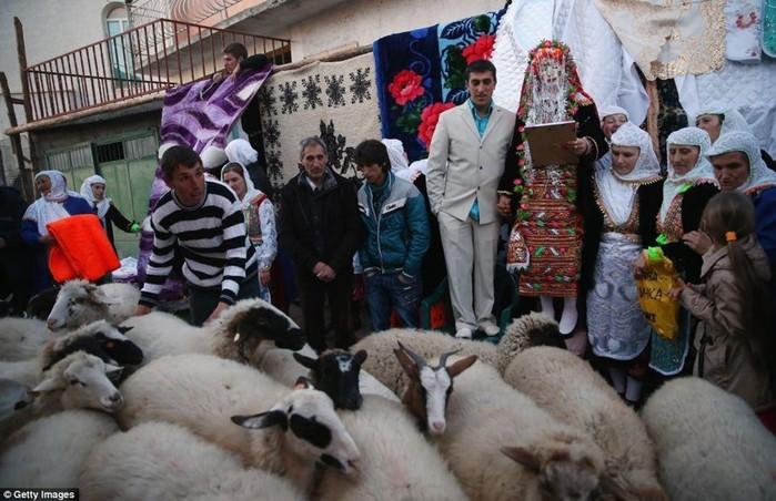 На странной свадьбе у горцев мусульман в Болгарии
