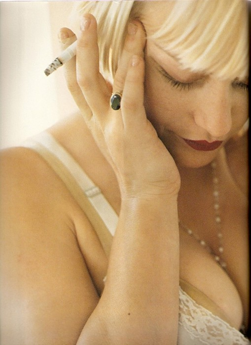 Шикарные портреты знаменитостей курильщиков