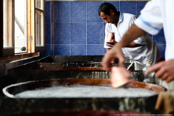 Сладкая страна: как делают халву в Азербайджане