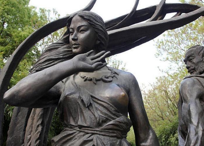 10 статуй, которые нужно потрогать, чтобы стать счастливым и богатым