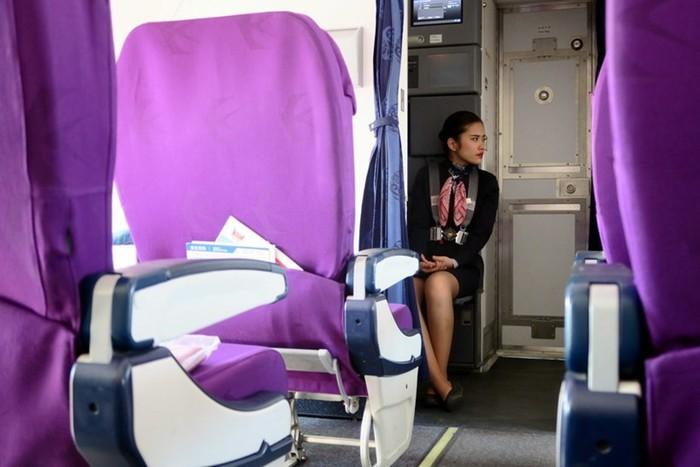Что делают стюардессы после выхода пассажиров
