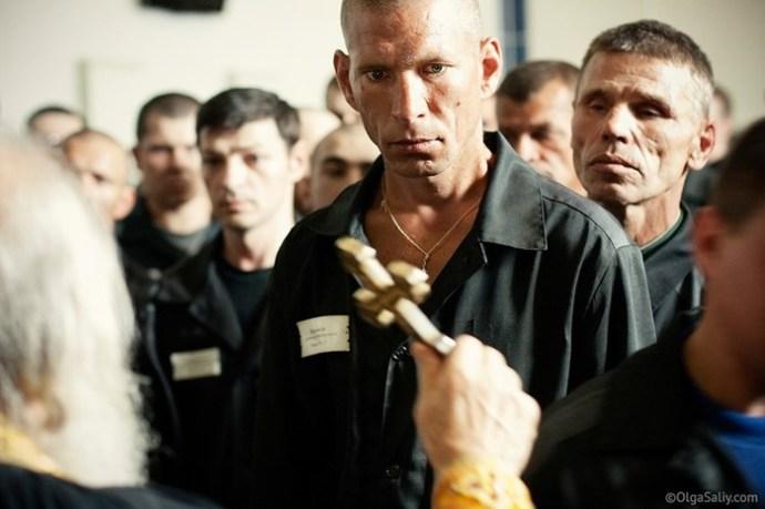 Какие уголовные статьи самые презираемые в российской тюрьме