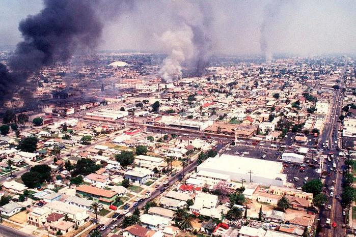 Лос анджелесский бунт в 1992 году: погромы и «черная революция» в США