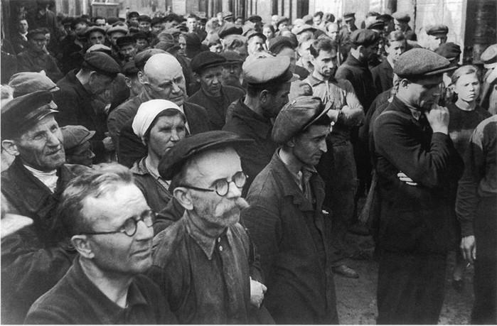 Одна винтовка на трех солдат в 1941 году: правда или миф