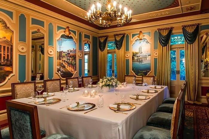 Новый ресторан в Диснейленде предлагает обед за 15 тысяч долларов
