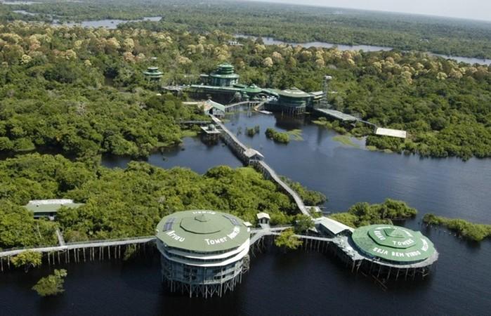 6 необычных отелей для путешественников с оригинальными номерами