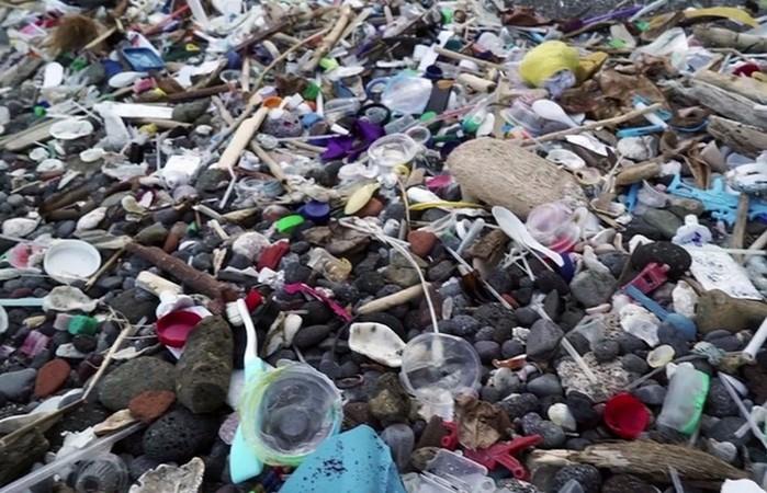 10 безопасных природных материалов, которые могут заменить пластик