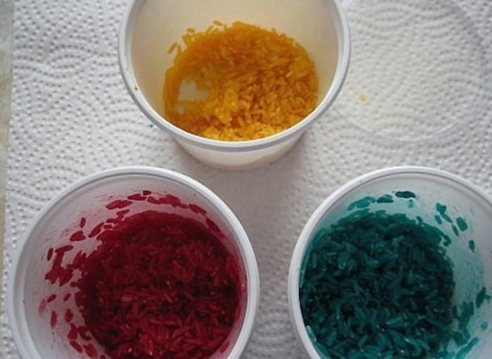 Как покрасить яйца рисом: простейший способ за считанные минуты