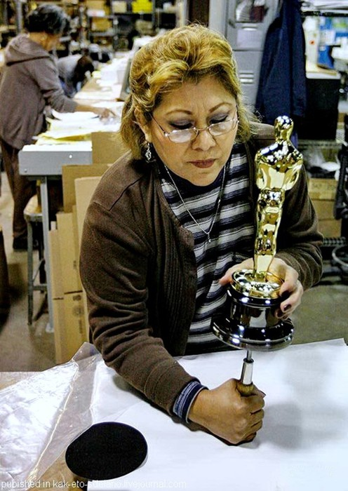 Как делают знаменитые статуэтки «Оскар»: фотографии
