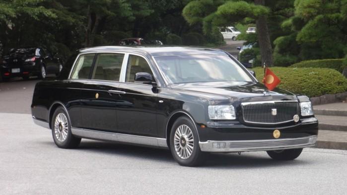 «Зверь» Трампа и другие: 7 самых защищенных автомобилей, на которых ездят главы государств