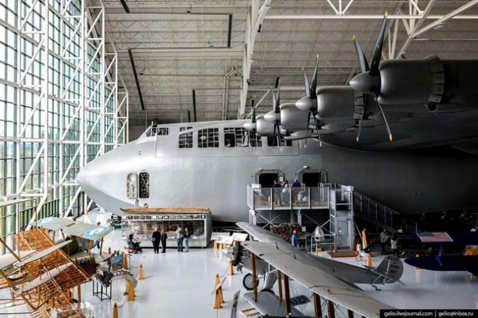 Самая большая деревянная летающая лодка «Геркулес»
