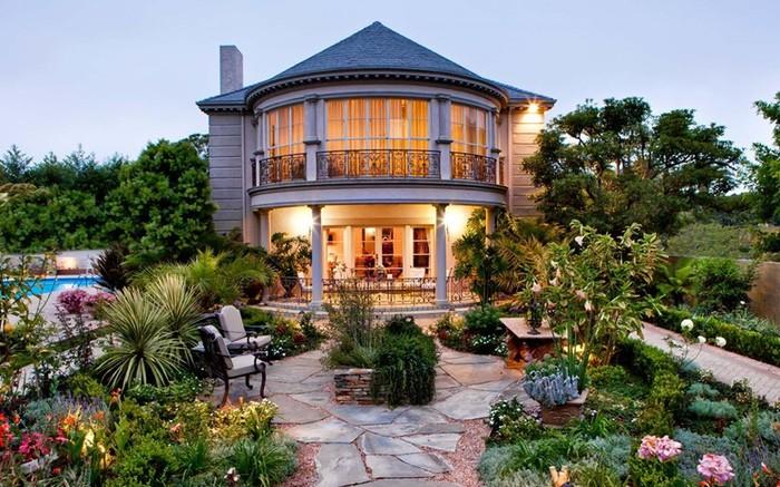 Стилистика готического сада: особенности паркового дизайна
