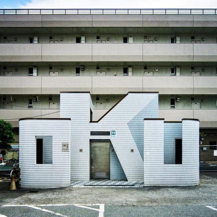Самые экстравагантные общественные туалеты Японии
