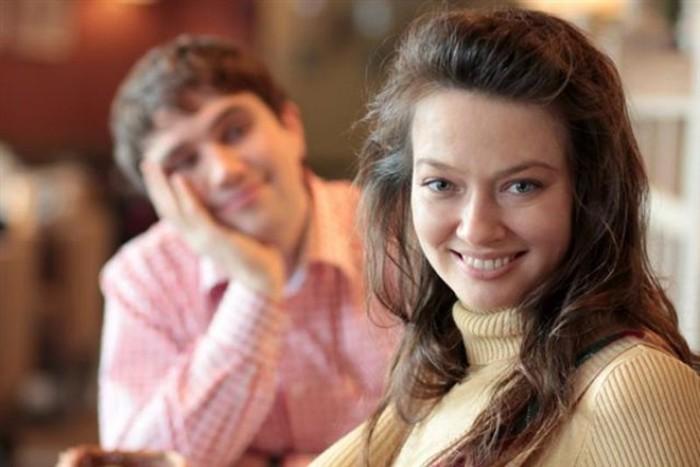 Хороши также грудь и улыбка: что привлекает мужчин во внешности женщин