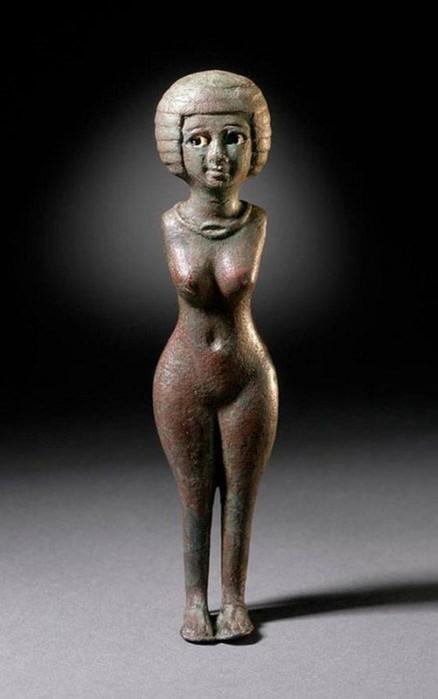 «Заставляет она повернуться все шеи мужские»: как признавались в любви в Древнем Египте