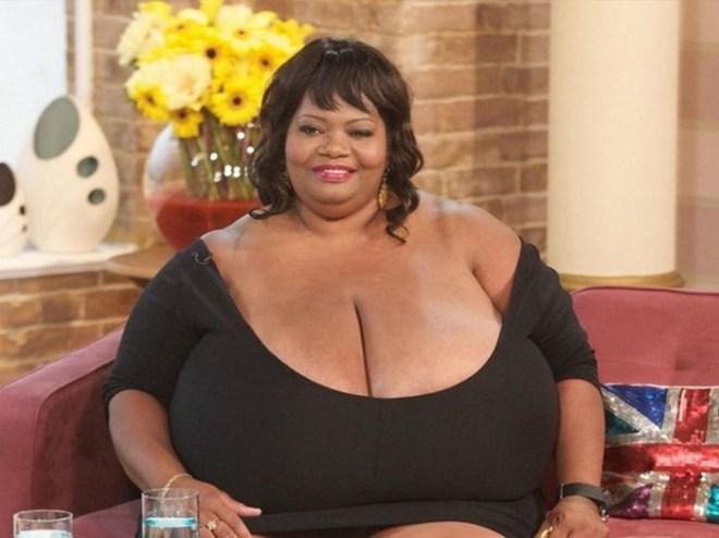 Топ 10: страны, в которых толстые женщины считаются красивыми