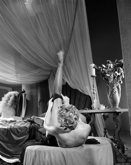 Краткая, но потрясающая история бурлеска в 1950 х годах