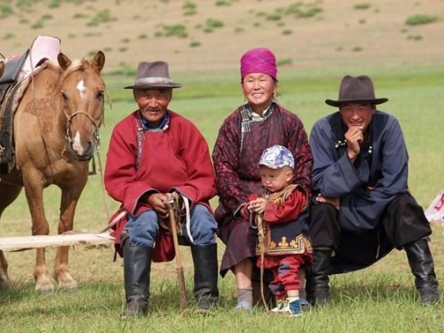 Как живут потомки великих завоевателей? Фото из жизни современных монголов