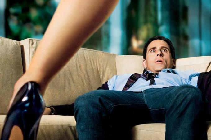 Как обратить на себя внимание мужчины: не бойся флиртовать и показывать свои желания