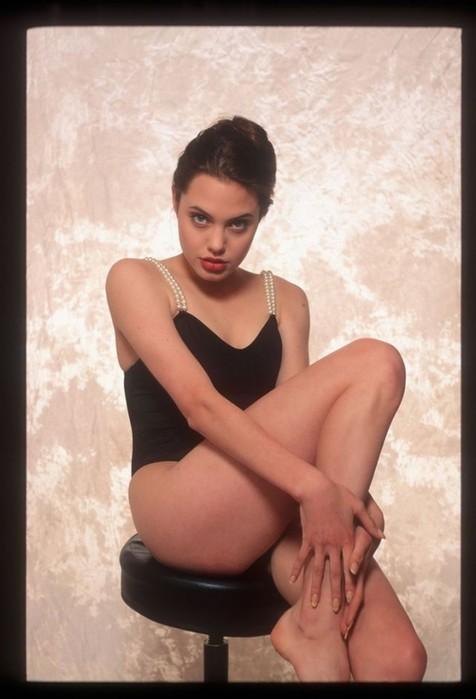 Как выглядят двойники Анджелины Джоли в каждой стране