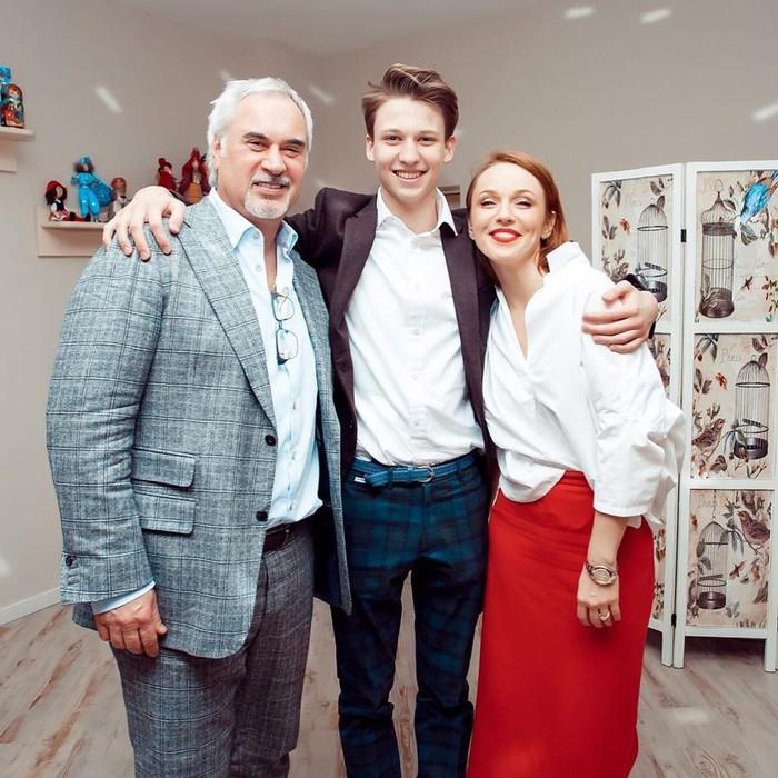 На кого больше похож красавец сын Меладзе и Джанабаевой?