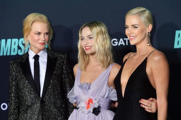 Актрисы главных ролей на премьере фильма «Секс бомба»
