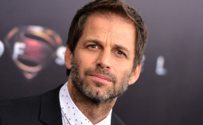 Zack Snyder Responds To Fans Upset By Batman Killing