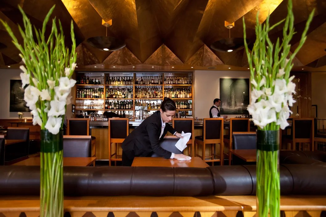 How to Eat at Eleven Madison Park With No Reservation and