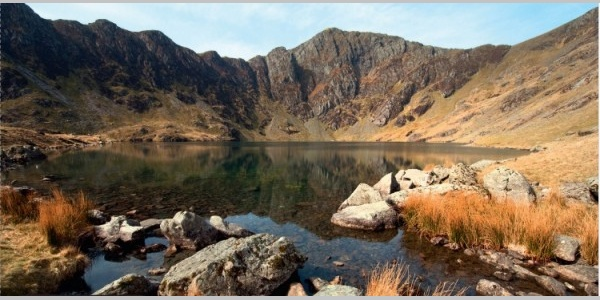 Go through the wooden gate at the far left hand corner of the car park and turn right. Cadair Idris Just Add Water Hiking Route Outdooractive Com