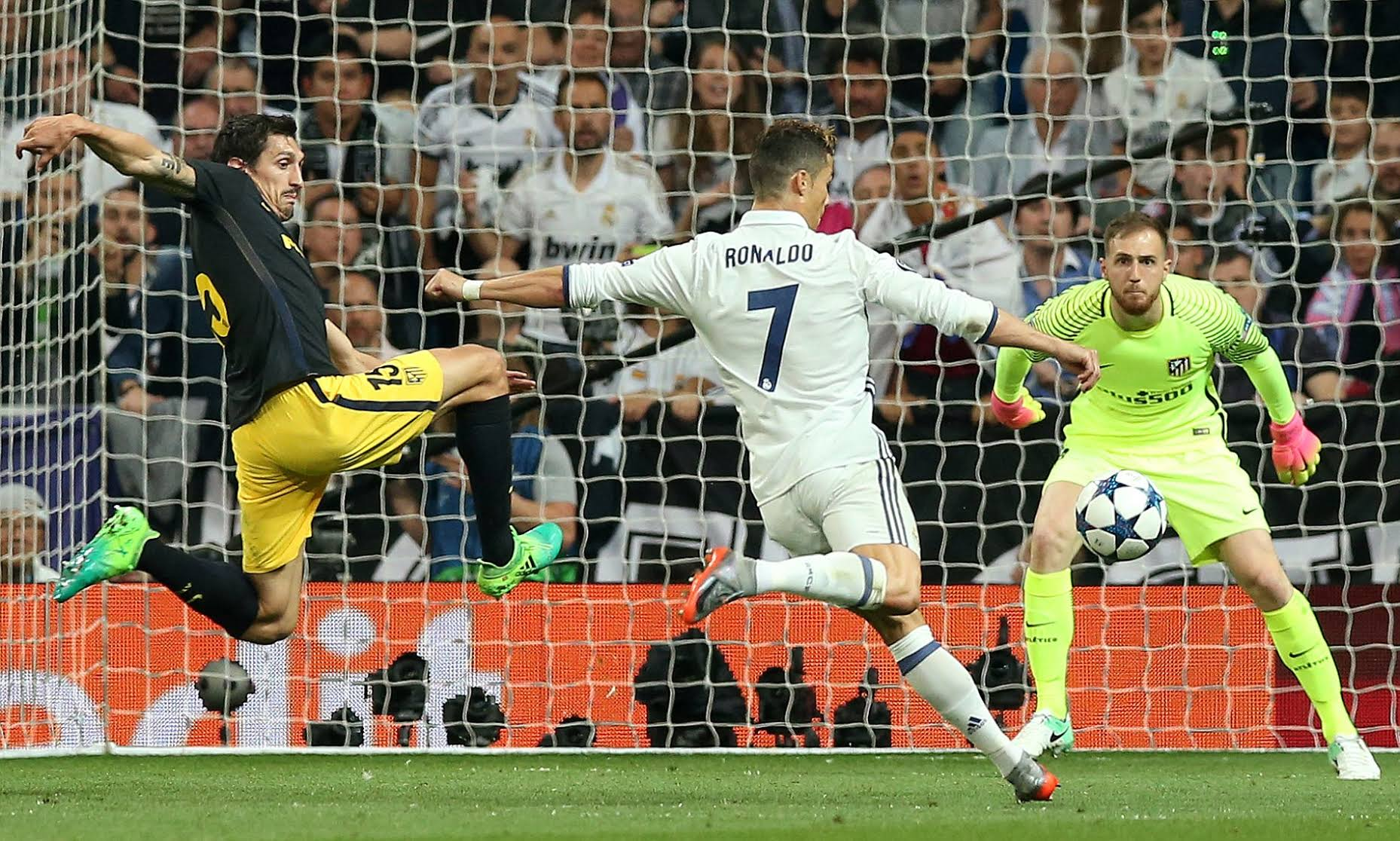 Real Madrid 30 Atletico Madrid Ronaldo Steals The Show
