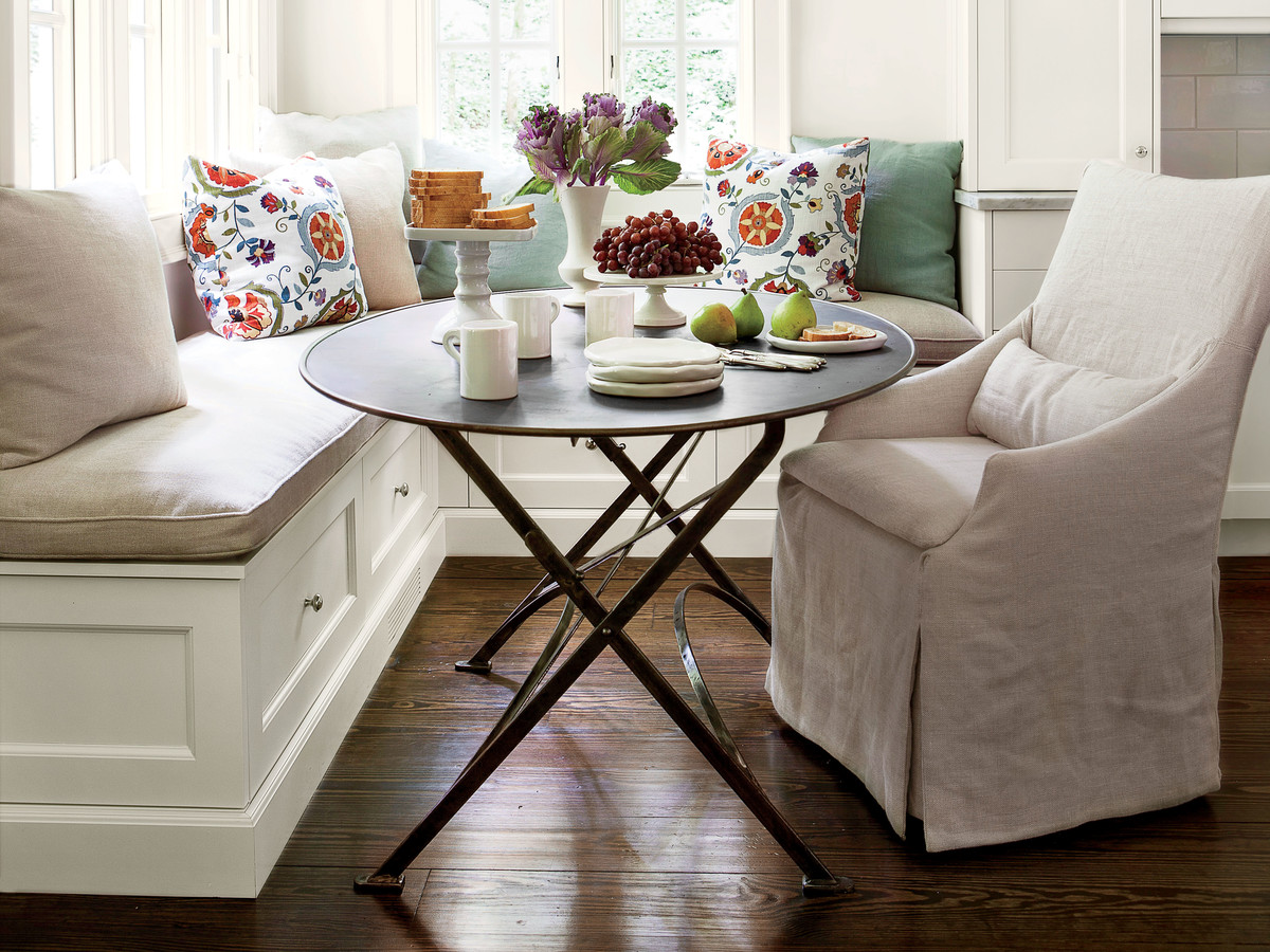 Kitchen Banquette Seating Is Trending For 2019 Southern
