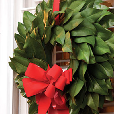 Make Your Own Magnolia Wreath  Most Pinned Christmas