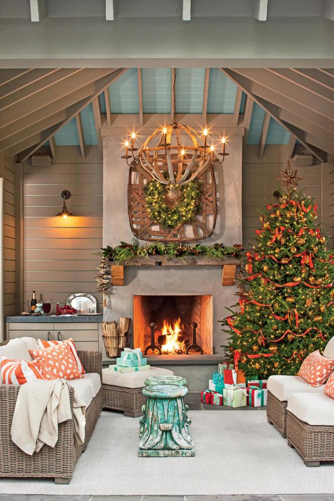Alternative Christmas Trees Are A Great Way To Support Green Living Ideas While Adding Meaningful And Simple Holiday Decorations Your Rooms