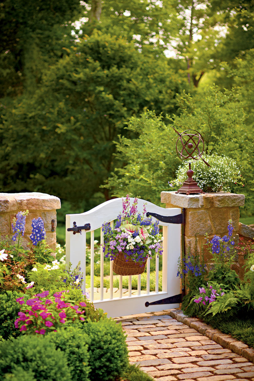 Choose Perfect Garden Gate - Southern Living