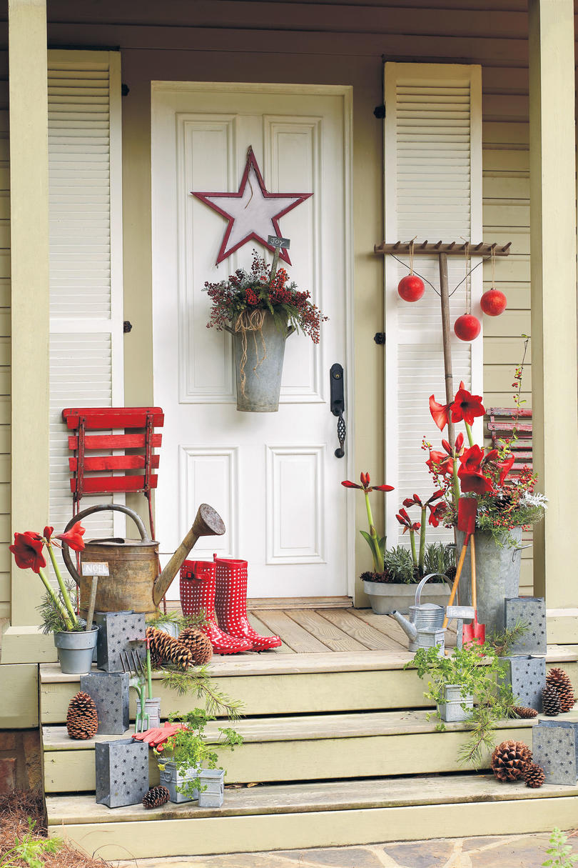 Christmas house decor ideas - Southern living decorating ...
