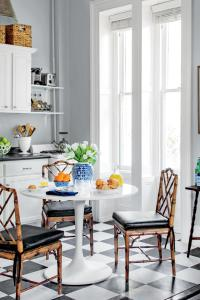 Tiny Kitchen Inspiration That You'll Want To Pin