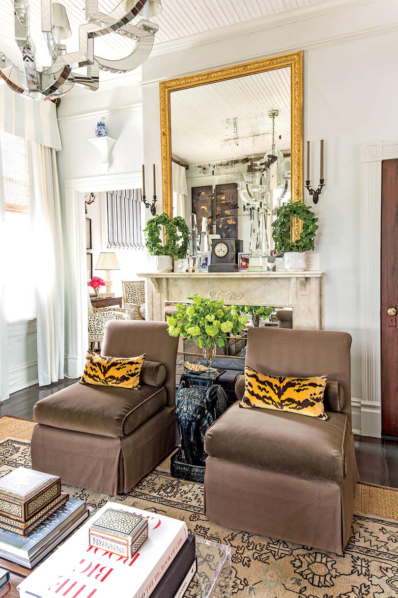 Small Space Decorating Tricks - Southern Living