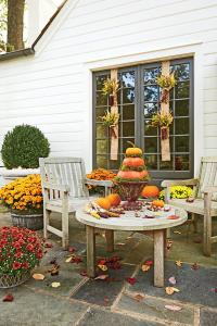 16 Ways to Spice Up Your Porch Dcor for Fall - Southern ...