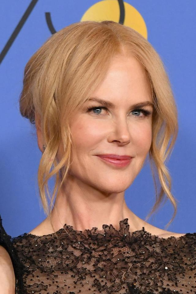 the best hair colors for blue-eyed beauties
