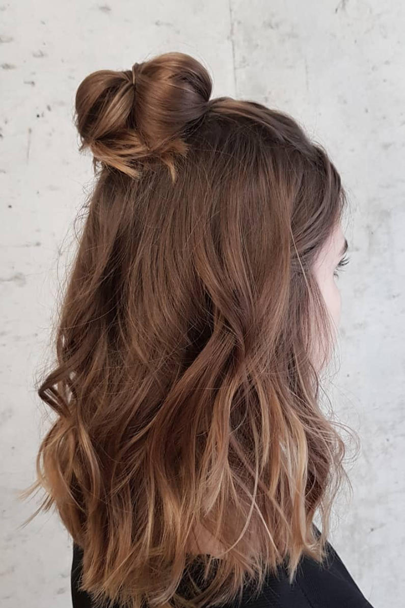 Half Up Half Down Hairstyles Were Loving Right Now