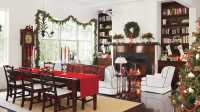 Classic Christmas Decorations in the Lowcountry - Southern ...