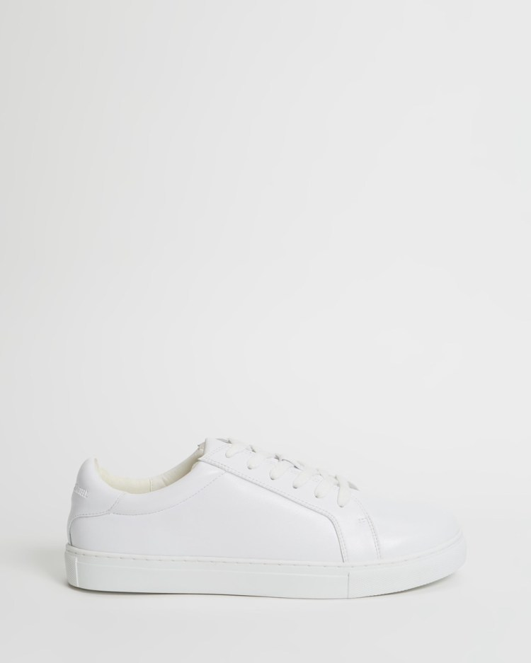 Manning Cartell Renewable Charge Sneakers White