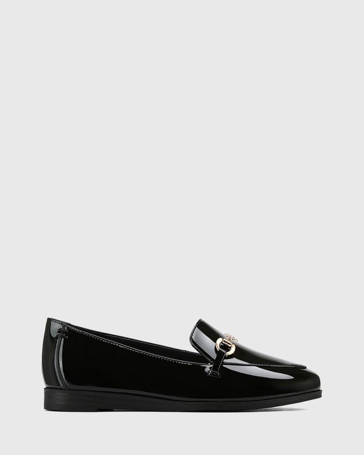 Wittner Crimson Patent Leather Gold Trim Loafers Flats Black
