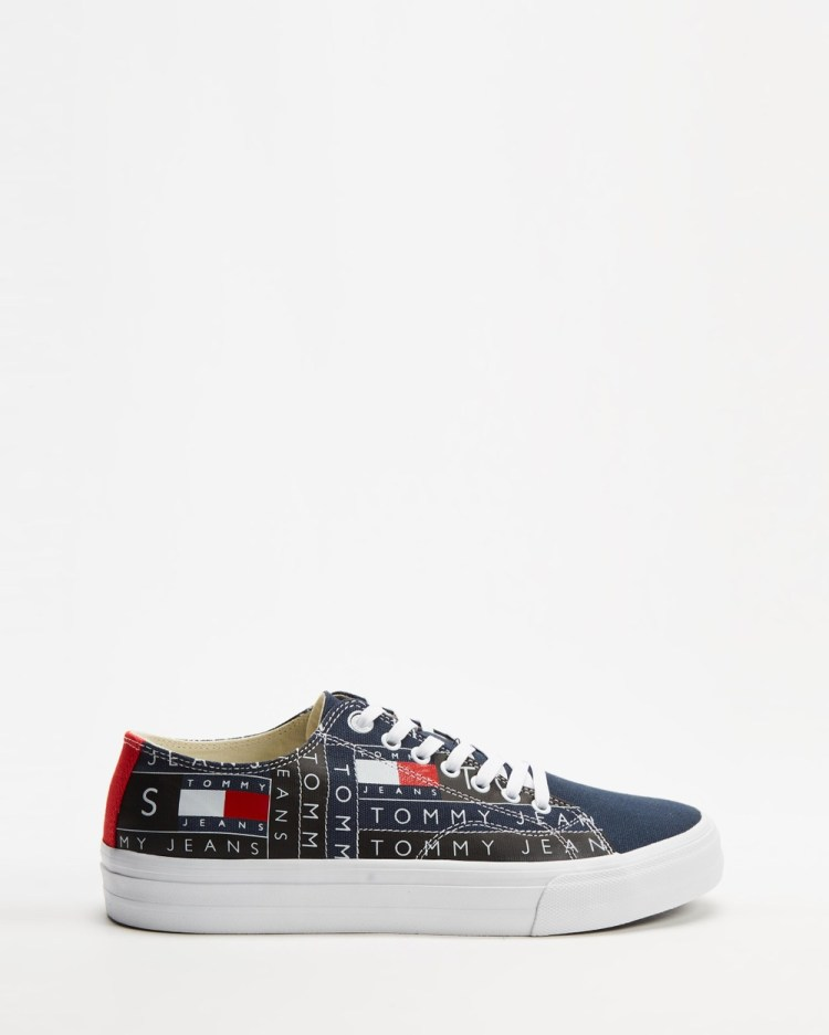 Tommy Hilfiger Badge Logo Shoes Men's Sneakers Red, White & Blue