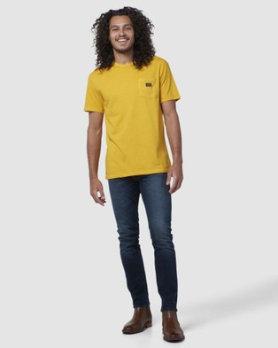 Superdry Garment Dyed NYC Box Tee T-Shirts Golden Rod